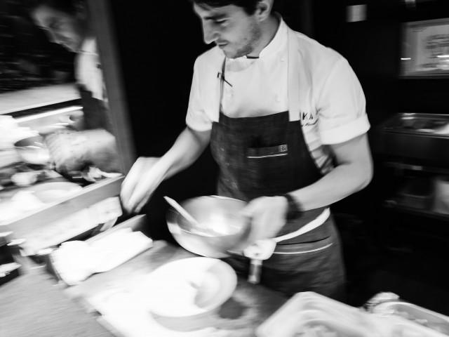 Inka Restaurant Notre Chef en service